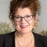Julie Kennedy Oehlert